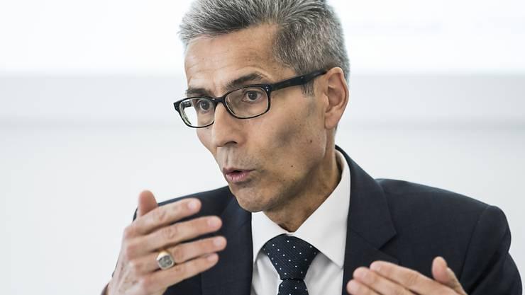 Will nicht mehr zwei Drittel der Cyberkriminellen laufen lassen müssen: Der Luzerner Oberstaatsanwalt Daniel Burri fordert mehr Mittel, um mit Spezialisten und Technik gegen diese neue Kriminalitätsform vorgehen zu können.
