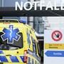 Bis am Dienstagmorgen mussten in der Schweiz weitere 238 Patienten mit einer Coronainfektion hospitalisiert werden. (Symbolbild)