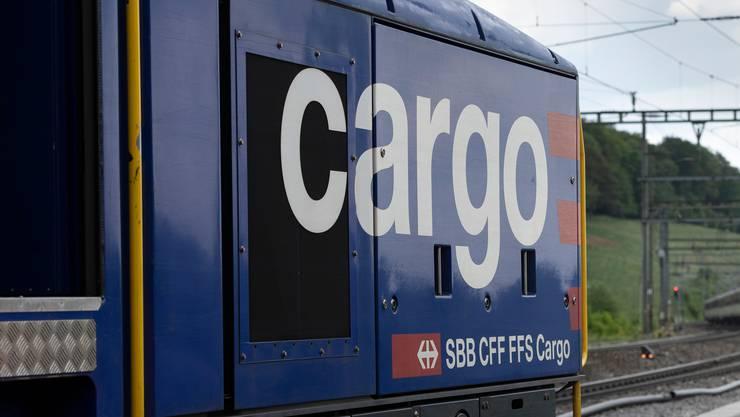 In Arth Goldau und Brig fallen bis Ende 2022 insgesamt 45 Lokführerstellen bei SBB Cargo weg.