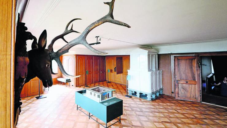 Die Räume im Schloss Kyburg wurden leer geräumt, aber Modelle vermitteln, wie beispielsweise Stube, Nebenstube oder Festsaal früher ausgesehen haben.  Foto: Marc Dahinden