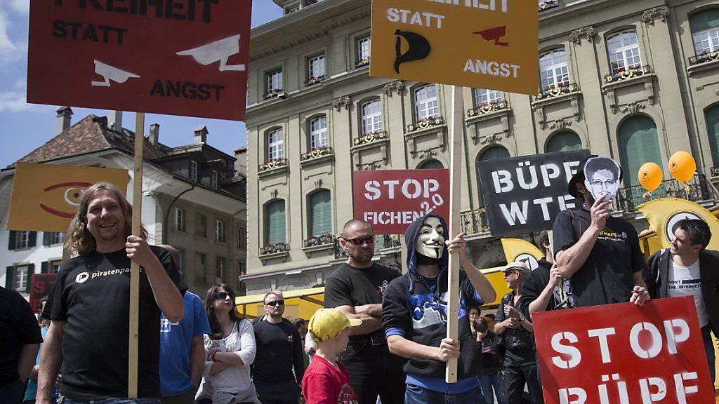 Die Piratenpartei bekämpft das Überwachungsgesetz BÜPF mit dem Referendum. (Archivbild)
