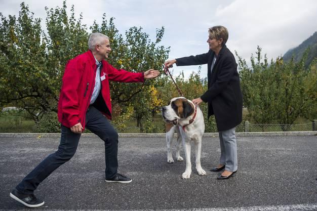 «Ich habe Hunde sehr gern», sagt die Bundesrätin.