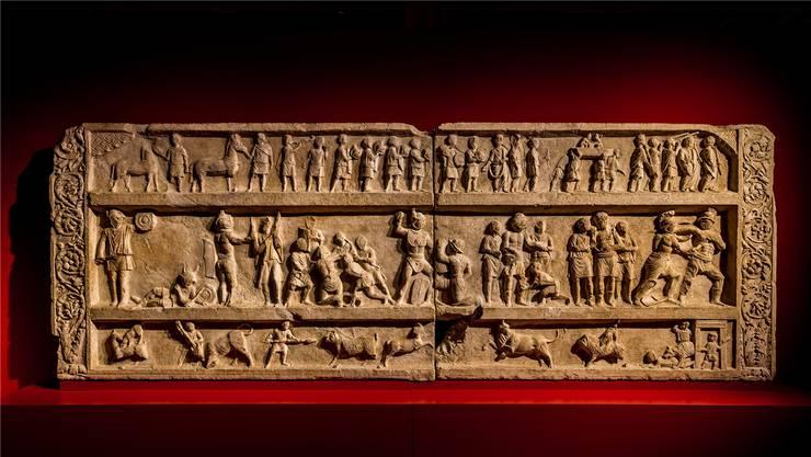 Der Ursprung der Gladiatorenkämpfe liegt im griechischen Bestattungsritual: Grabrelief aus Pompeji.