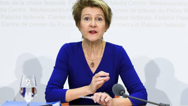 Gemeinsam mit Kantonsvertretern hat Justizministerin Simonetta Sommaruga am Montag eine Integrationsagenda vorgestellt.