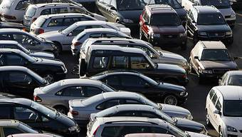 Schweizer Autohändler freuen sich auf ein gutes Autojahr 2010 (Symbolbild)