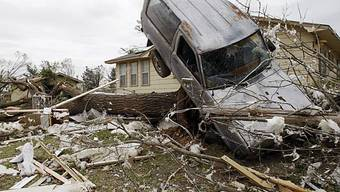 Tornado fegt über Bundesstaat Oklahoma hinweg