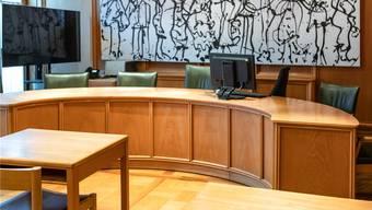 Das Bezirksgericht Lenzburg verurteilte einen 70-Jährigen zu 15 Monaten Gefängnis.