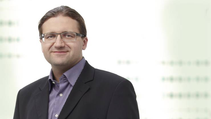 Jörg Mäder (GLP) – Der Mann aus Opfikon bezeichnet sich selber als «Nerd» und will seinen Wahlkampf vor allem online führen. Obwohl die grünliberale Welle schon vor Jahren abgeflacht ist und die Partei ums Überleben kämpft, könnte Mäder nach dem Überraschungserfolg von GLP-Mann Andreas Hauri in der Zürcher Stadtregierung ein Coup gelingen.
