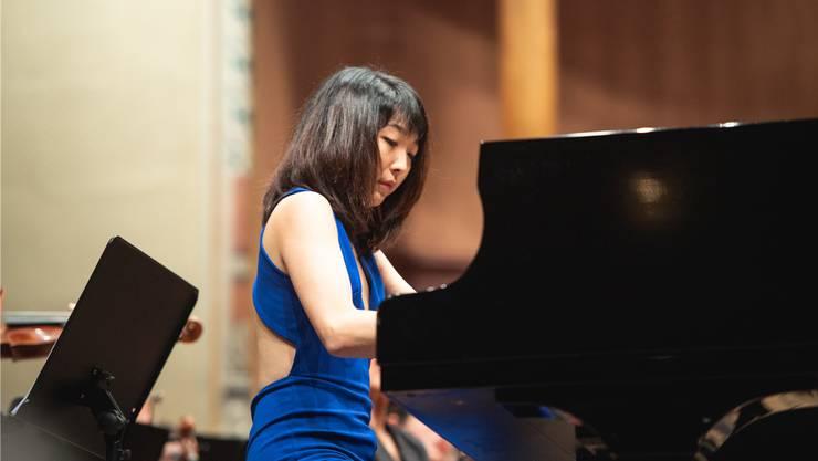 Die chinesische Klaviervirtuosin Claire Huangci im Konzertsaal Solothurn.