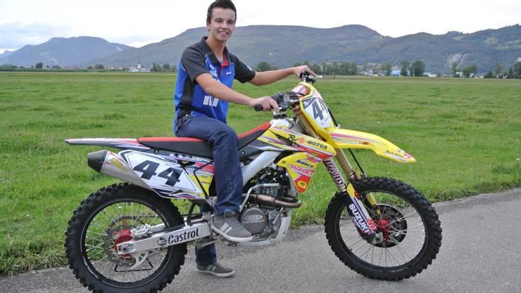 Sandro Schaller mit seiner Suzuki RMZ 250.