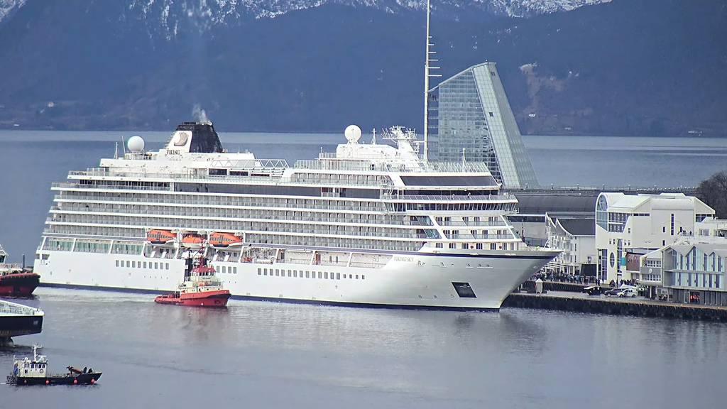 Erleichterung: Kreuzfahrtschiff «Viking Sky» im Hafen