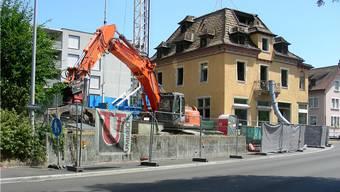 Die Ruine Pfyfferhuus an der Bahnhofstrasse. (DM)