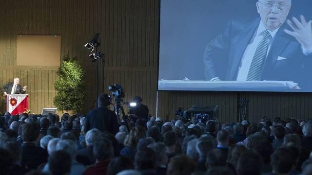 Alt Bundesrat Blocher bei seiner Rede in Wynigen