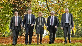 Urs Hofmann (SP), Alex Hürzeler (SVP), Susanne Hochuli (Die Grüne), Roland Brogli (CVP) und Stephan Attiger (FDP)