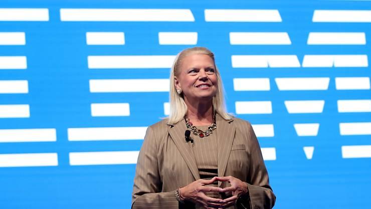 Ginni Rometty, Konzernchefin von IBM, hat ihren Rücktritt bekanntgegeben. (Archivbild)