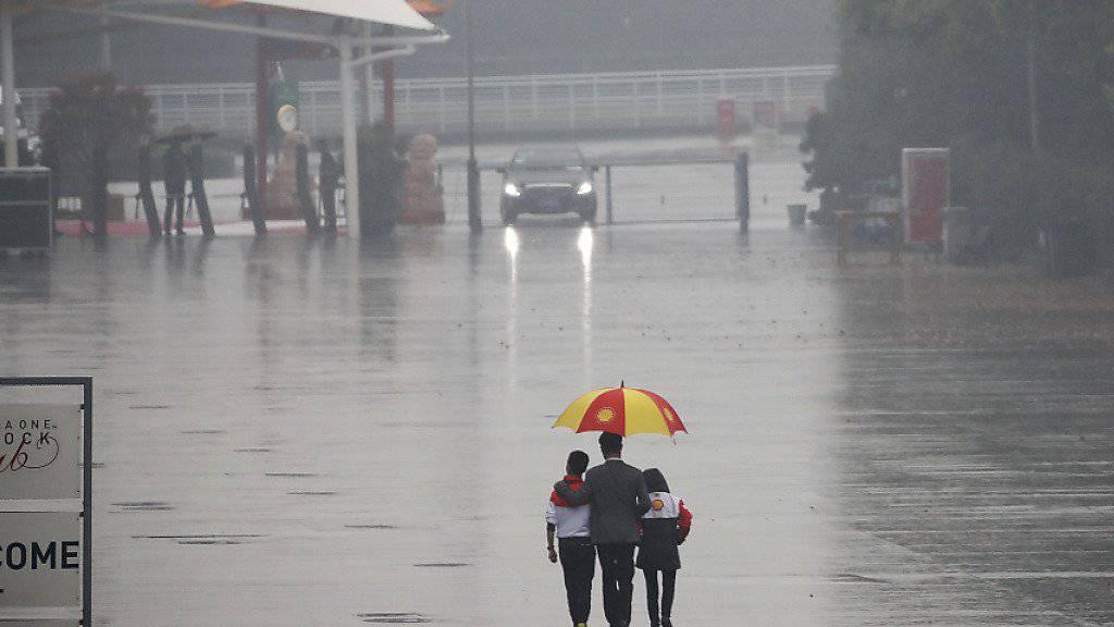 In Schanghai herrschte am Freitag kaum Fahrbetrieb
