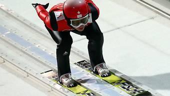 Simon Ammann mit bescheidener Sprungweite in Falun