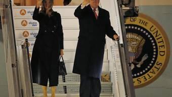 Bei der Ankunft in Paris freundlich winkend - wenig später gehässig twitternd: US-Präsident Donald Trump.