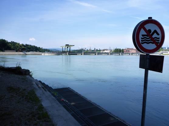 Schwimmen verboten beim Kraftwerk Rheinfelden