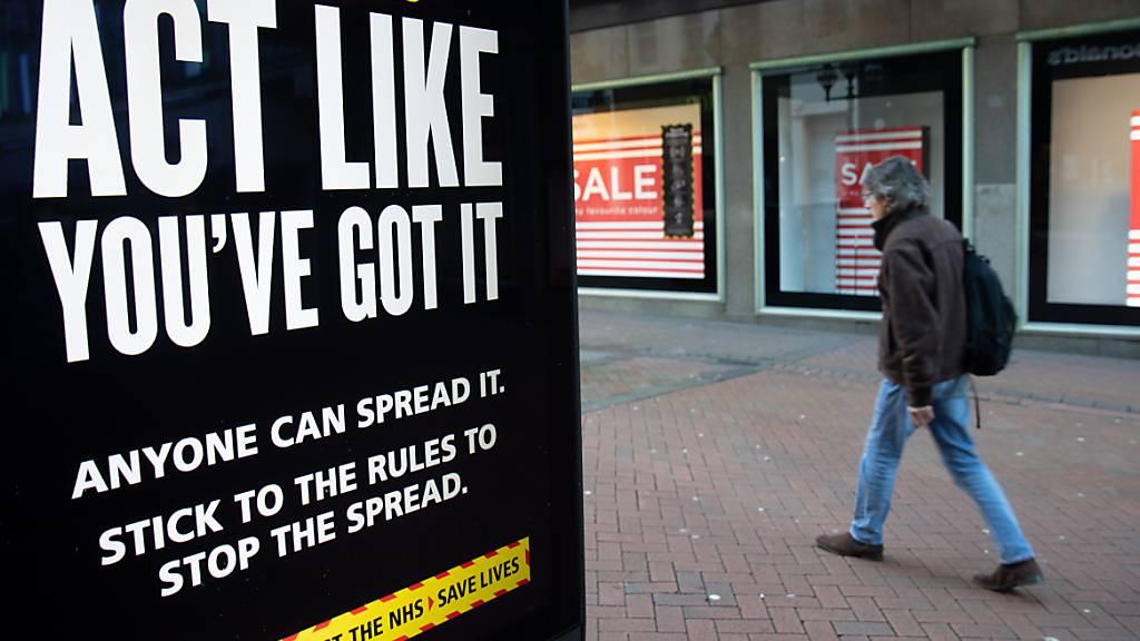 Britische Regierung dementiert 500-Pfund-Prämie für Corona-Positive