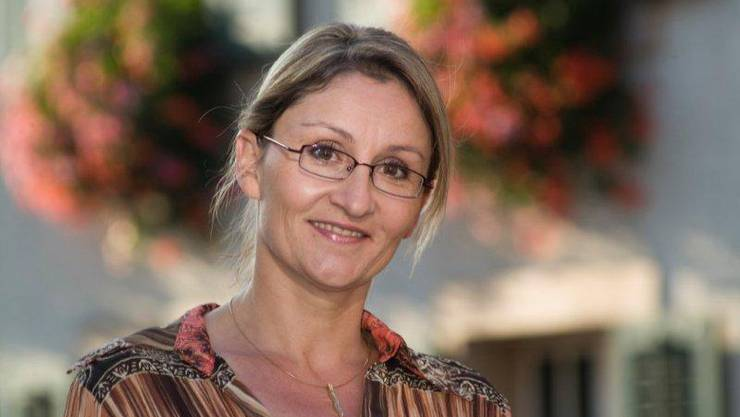 Sibylle Lüthi, derzeit Vizepräsidentin der Gemeinde Kaiseraugst, gibt ihre Kandidatur für das Amt der Gemeindepräsidentin bekannt