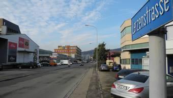 Auf einem Besucherparkplatz an der Lerzenstrasse hat der Knatsch um die 35-Franken-Busse angefangen.