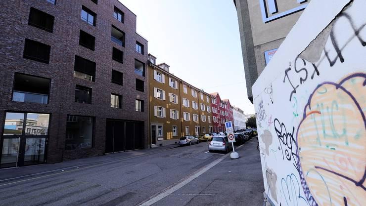 Neu, alt, renoviert, verschmiert: Die Suche nach der idealen Mischung. Hier am Ende der Lothringerstrasse.