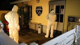 Das Bundesgericht hat entschieden, dass der mutmassliche Täter der Schiesserei im Café 56 in U-Haft bleibt. Am 9. März waren bei einer Schiesserei zwei Männer zu Tode gekommen.
