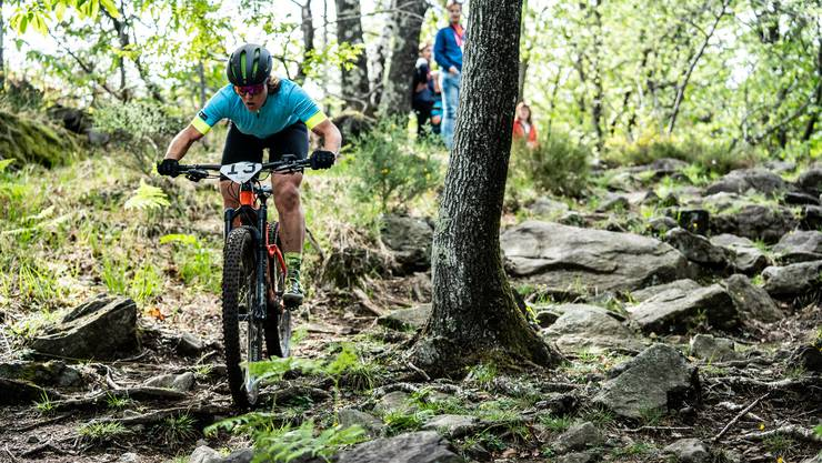 Die Solothurner Nathalie Schneitter in Action bei der E-MTB-World-Series in Ascona-Locarno.