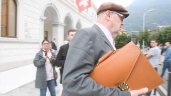 Bellinzona - 30.09.16 - Dieter Behring verlässt das Gericht