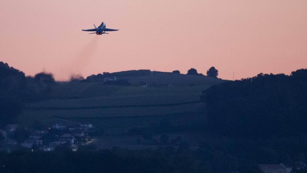 Armee testet neue Trainingsflugzeiten für weniger Abendlärm