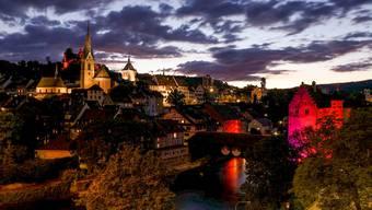 Der Aargau leuchtet Rot – ein spektakulärer Hilferuf der Veranstaltungsbranche