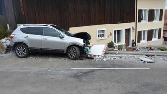 Die Lenkerin wurde beim Unfall leicht verletzt.