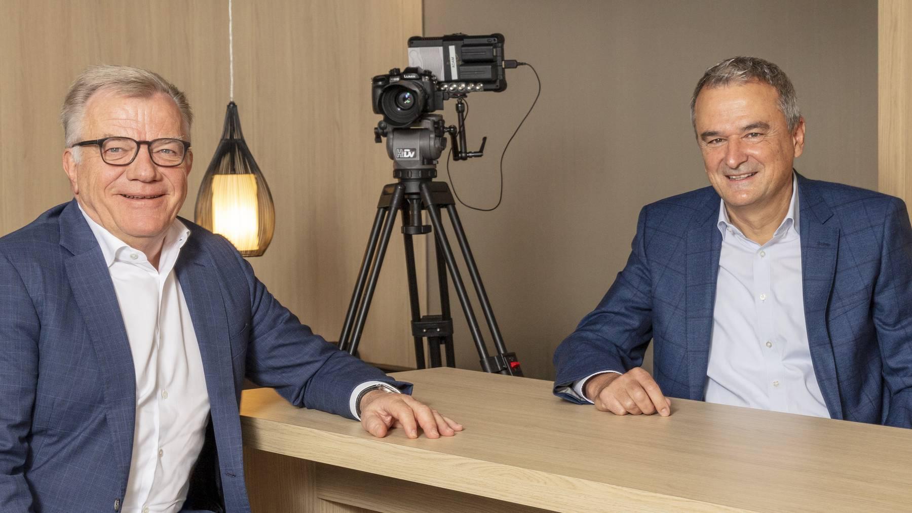 Joos Sutter (rechts) übernimmt das Amt des Verwaltungsratspräsidenten von Hansueli Loosli.