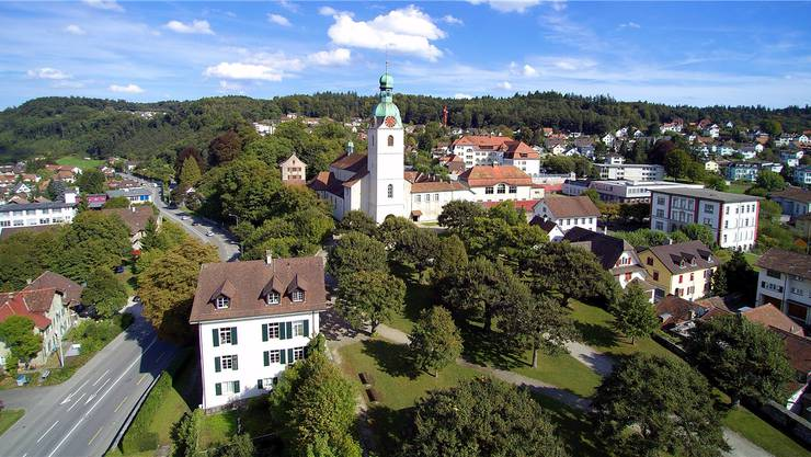 Die Kirchgemeinde mietet sich in die Schönenwerder Stiftskirche ein. Archiv