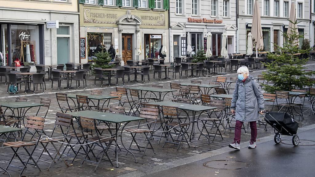 Bundespräsident Parmelin kündigt Lockerung von Härtefall-Regeln an