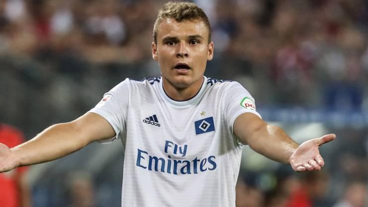 Grosser Erklärungsbedarf: Der grosse HSV leistete sich im 6. Spiel nach dem Abstieg in die 2. Bundesliga ein 0:5-Debakel gegen Jahn Regensburg