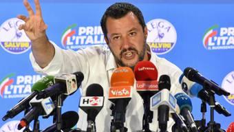 Vizepremier Matteo Salvini an einer Pressekonferenz in Mailand.