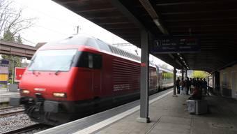 Der Fahrplan geht nicht auf: Der stündliche Interregio-Halt in Grenchens Süd ist gefährdet.