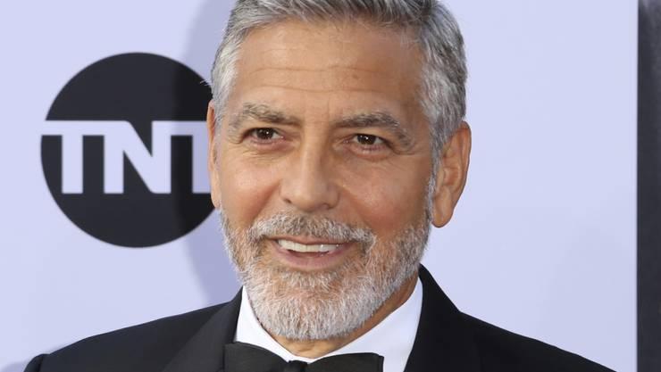 George Clooney hat im letzten Jahr, verglichen mit seinen Schauspielkollegen, am meisten verdient - jedoch weniger mit seiner Schauspielerei als mehr, weil er eine Tequila-Firma verkauft hat. (Archiv)