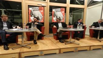 Von links: Thomas Leitch, Cédric Wermuth, Gesprächsleiter Urs Moser, Matthias Jauslin und Andreas Glarner am Podiumsgespräch, das die SP Bremgarten-Zufikon organisierte.