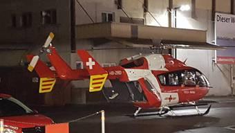 Dieser Rettungshelikopter musste den schwer verletzten Mann ins Spital fliegen.