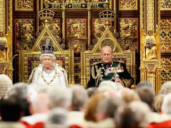Prinz Philip wird bis August bereits geplante Termine wahrnehmen. Danach wird er keine Einladungen annehmen oder Verpflichtungen übernehmen.