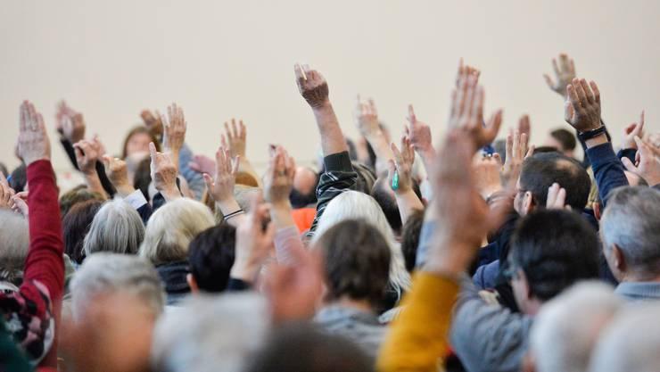 Szene aus einer Gemeindeversammlung vor Corona. (Archivbild)