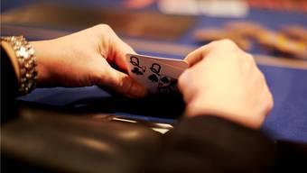 Das neue Geldspielgesetz will Schweizer Casinos besser schützen. Die Branche sieht sich bedrängt durch ausländische Internetanbieter.