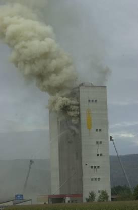 2001 brannte das Silo der Knecht AG in Leibstadt.