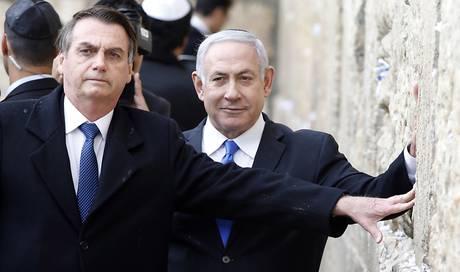 Bolsonaro besucht mit Netanjahu Klagemauer in Jerusalem
