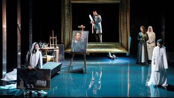 Eine Nachbildung des Ateliers von Arnold Böcklin liefert die Kulisse für die Oper «Mitridate, Re di Ponto».