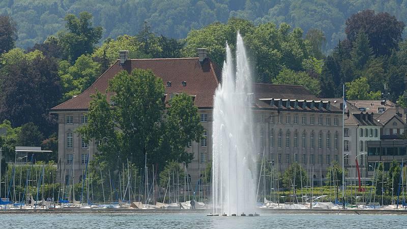 Viel mehr Gewinn für Swiss Re