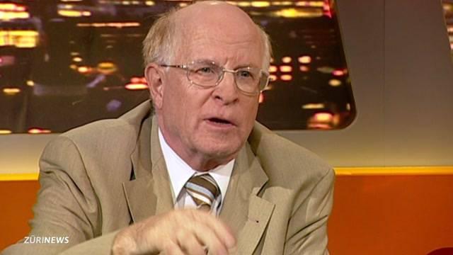 Alt-Nationalrat Ulrich Schlüer vor Gericht